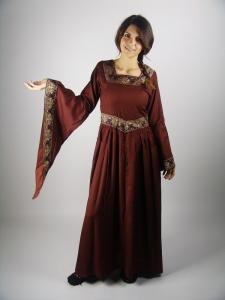 Fantasydress with embroidery