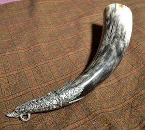 Viking drinkhorn 0.4l with tin